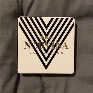 ABH Norvina Mini Pro Pigment Palette Vol. 1